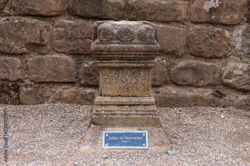 Fotografía Altar to Nemesis at the Roman Amphitheatre in Chester