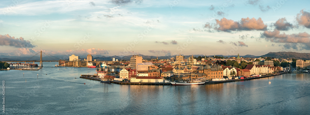 Fototapety, obrazy: Panoramic view of the Port, marina and city center of Stavanger, Norway.