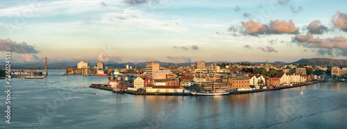 Foto op Canvas Noord Europa Panoramic view of the Port, marina and city center of Stavanger, Norway.