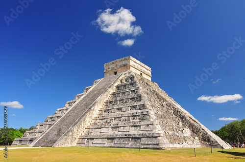 Chichen Itza, ruins el Castillo in Mexico. Temple of Kukulkan El Wallpaper Mural