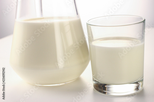 Fotografía  Dairy products on a white background