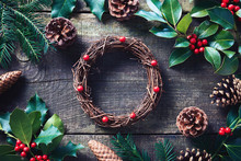 Making Christmas Wreath Using ...