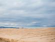 Playa en día nublado