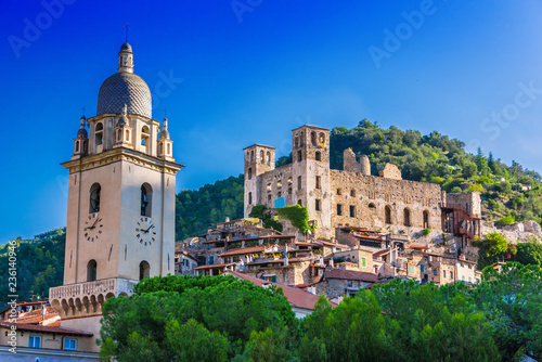 View of Dolceacqua in the Province of Imperia, Liguria, Italy Tableau sur Toile