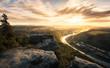 Sonnenaufgang am Lilienstein im Elbsandsteingebirge (Sachsen) - mit Wanderer auf Feldund Elbe mit Sonne