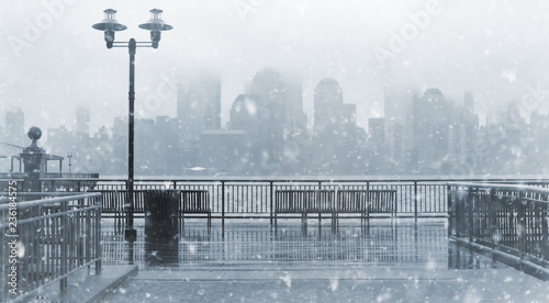 Keuken foto achterwand Verenigde Staten Toned photo of New York City skyline on a snowy day