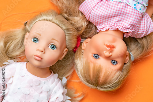 Fototapeta close up girl toy doll face flay lay f