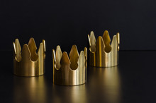 Three Gold Crowns, Symbol Of Tres Reyes Magos  ( Three Wise Men) Who Come Bringing Gifts For The Kids On Epiphany Or Dia De Reyes Magos.