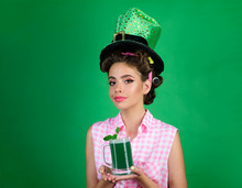 St. Patricks Day Pretty Girl In Vintage Style. Pinup Girl With Fashion Hair. Pin Up Woman With Trendy Makeup. Retro Woman Drink Summer Cocktail. Real Joy