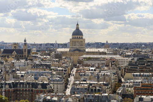 In de dag Centraal Europa Aerial view of the tower of Les Invalides museum in Paris in a sunny day