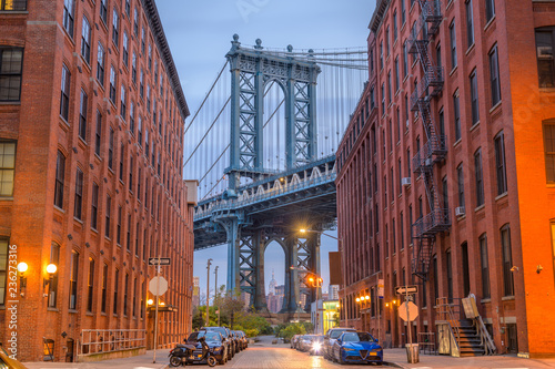 Photo  Manhattan Bridge from Brooklyn New York