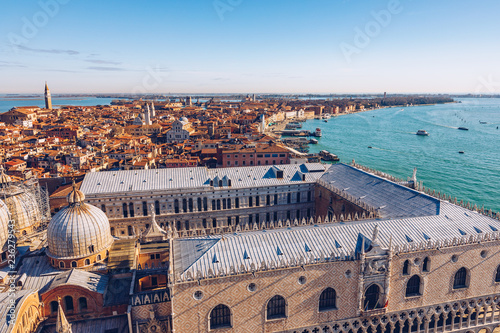 In de dag Centraal Europa Venice panoramic aerial view with red roofs, Veneto, Italy. Aerial view of the Venice city, Italy. Venice is a popular tourist destination of Europe. Venice, Italy.