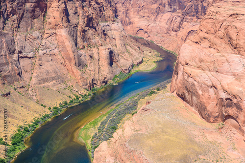 Tuinposter Centraal-Amerika Landen Grand Canyon with Colorado River - Located in Page, Arizona - Viewpoint at Horseshoe Bend - USA