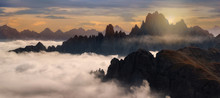 Starke Nebel An Der Cadini Gru...