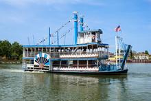 Vintage Paddlwheel Steamboat P...