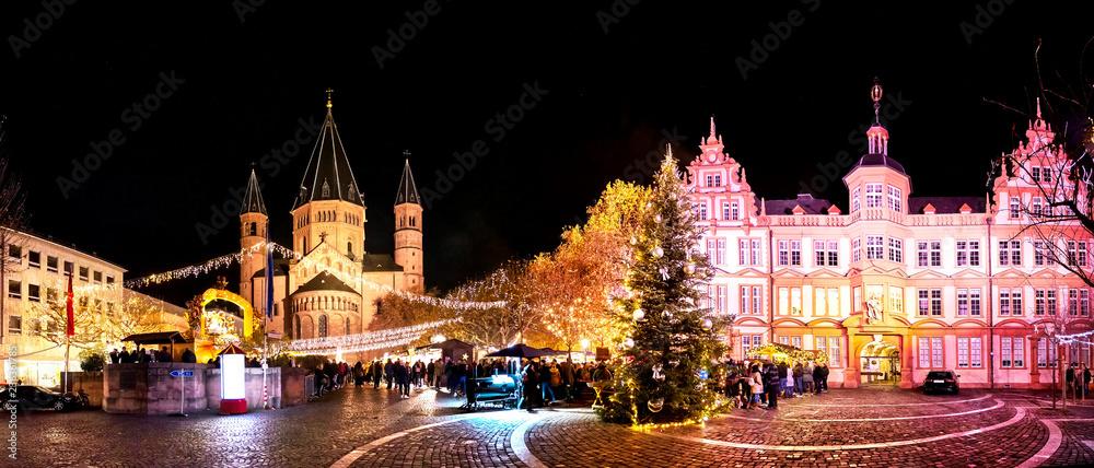 Fototapety, obrazy: Weihnachtsmarkt in Mainz, Rheinland-Pfalz