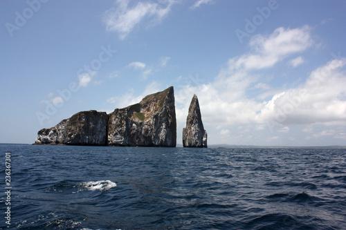 León Dormido luogo per le immersioni e l'avvistamento degli squali alle Galapagos