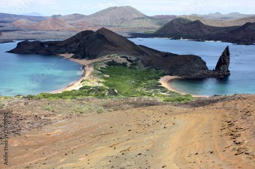 Photo Stands South America Country Pinnacle Rock e i vulcani dell'Isola di Bartolomè, Galapagos