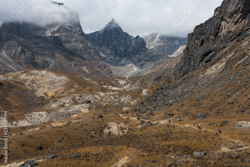 Fotografie, Obraz  way to chola pass on everest base camp trekking route region from Dzongla villag