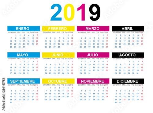 Calendario 2019 Illustrator.Calendario 2019 En Espanol Con Fiestas De Espana En Cmyk