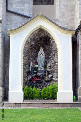 Photo  Cave of Our Lady of Lourdes, Cathedral of Santa Maria Assunta i San Cassiano in