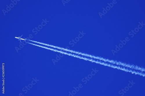 Fotografie, Obraz  青空とひこうき雲