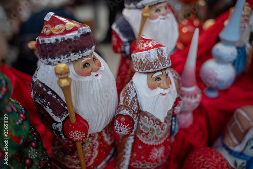 Fotografija  Russian folk figures as gifts for Christmas