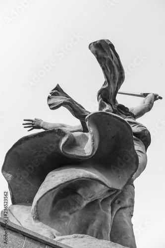 Fotografie, Obraz  Mutter-Heimat-Statue