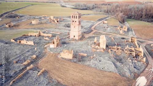 Fotografía Vision aerea de un pueblo abandonado