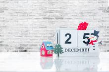 Cube Wooden Calendar Showing D...