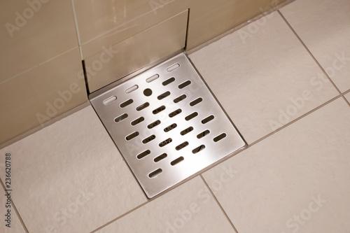 バスルーム・排水溝 Canvas-taulu
