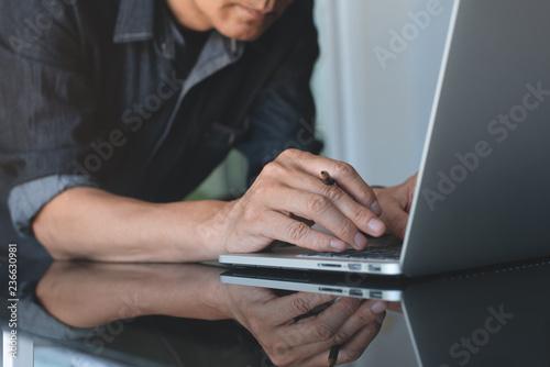 Fotografie, Obraz  Businessman working