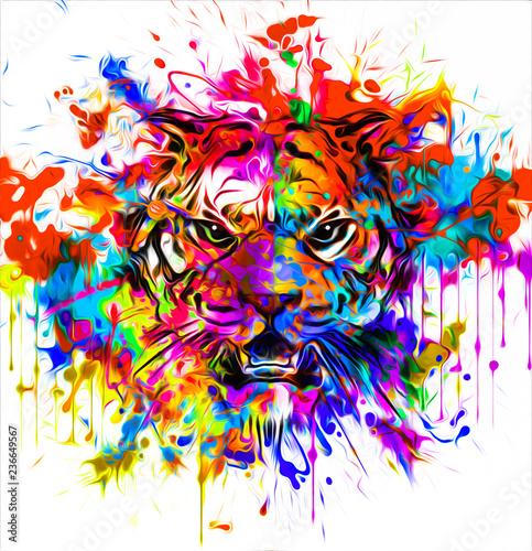тату дикого тигра с красочным абстрактным фоном