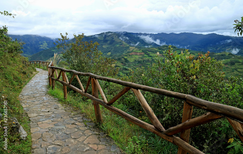 In de dag Zuid-Amerika land Stone Walkway on the Kuelap Fortress, Amazonas Region, Northern Peru, South America