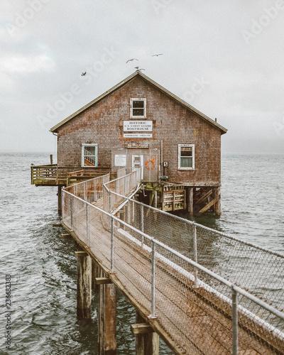 Canvas Oregon Boathouse