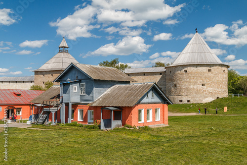 Slika na platnu STARAYA LADOGA / RUSSIA - MAY 2015: Ruins of the medieval fortress in Staraya La