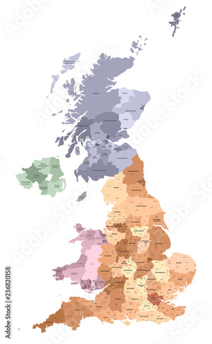 Photo United Kingdom administrative districts vector high detailed map colored by regi