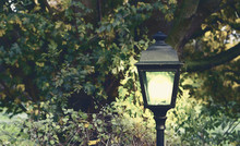 Lighted Modern And Classical L...