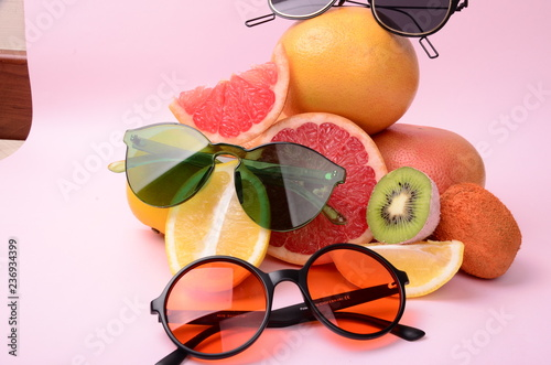 Greyfurt, limon, kivi