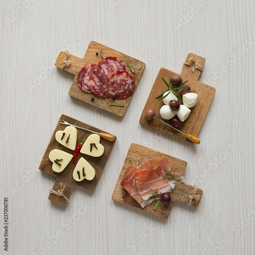 chopping board appetizer snacks