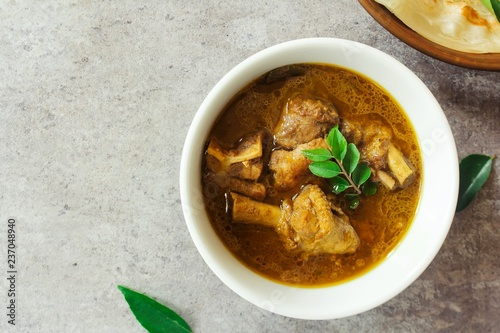 Vászonkép  Kerala Duck Curry / Kuttanadan Tharavu Mappas served with paratha