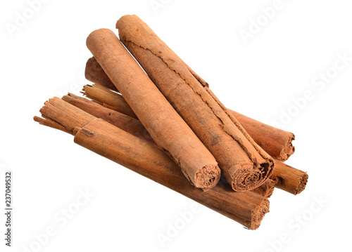 Bark from Cinnamomum verum or true cinnamon or Ceylon cinnamon Fototapeta