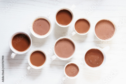 Foto op Plexiglas Chocolade hot chocolate drinks in white cup