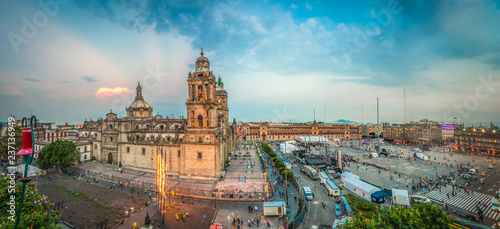 Tuinposter Mexico Zocalo square and Metropolitan cathedral of Mexico city