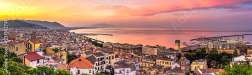 Montage in der Fensternische Lavendel Panorama di Salerno all'alba