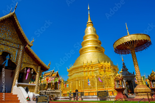 Deurstickers Asia land Wat Phra That Haripunchai temple in Thailand