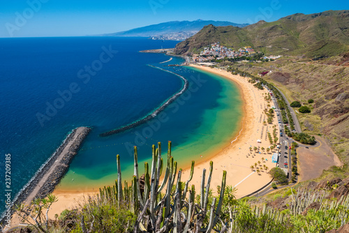 Photo Amazing view of beach las Teresitas Tenerife