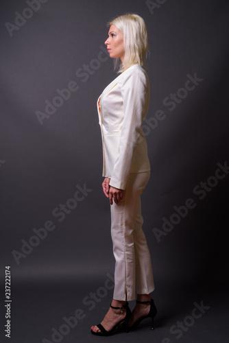 Nohavicový kostým - Plagáty a Obrazy na Posters.sk 89381ae184d