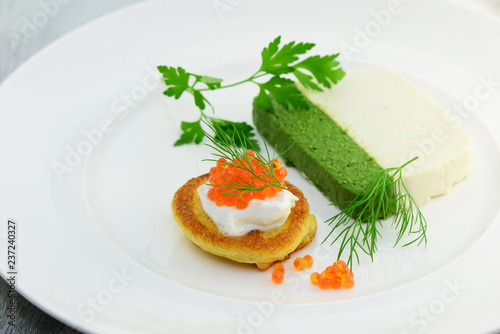 Recess Fitting Appetizer Vorspeise