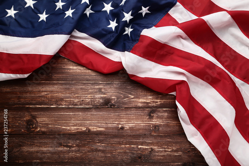 Poster Countryside American flag on brown wooden table